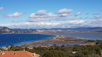 Photo for Building 130m2 sea view, Hyères, Giens