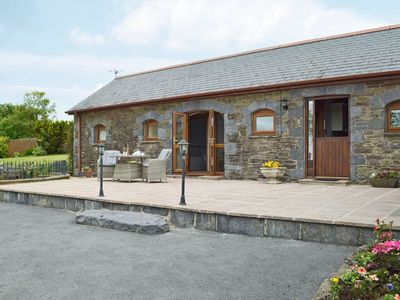 Photo for 1 bedroom accommodation in Ludchurch, near Narberth