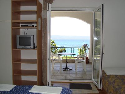 Photo for Three bedroom apartment near beach Brela (Makarska) (A-13052-b)