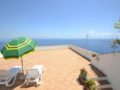 Photo for Casa Costantina: A welcoming independent house which faces the sun and the sea, with Free WI-FI.