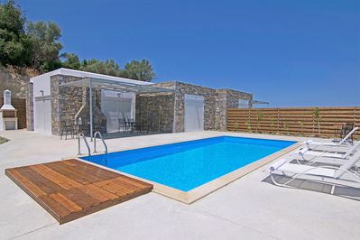 kalostous villa in Rethymno Crete  pool patio and exterior