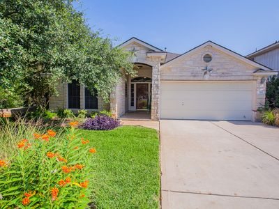 Photo for Well Situated Doll House In The Heart Of Cedar Park