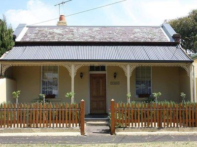 Photo for 4BR House Vacation Rental in Queenscliff, Victoria, Australia