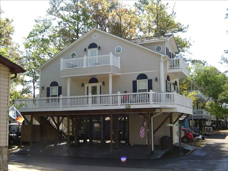 2 story beach house pictures