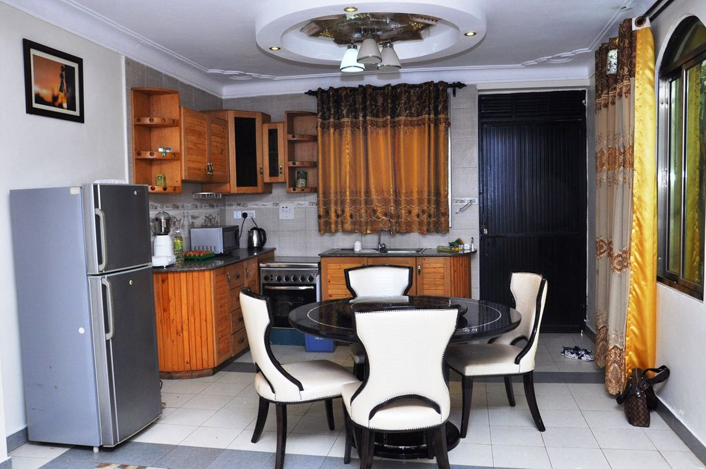 Evelyn Apartments Provides Furnished