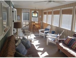Photo for 4BR House Vacation Rental in Onekama, Michigan