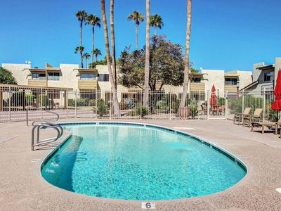Photo for New *5*STAR Listing! Poolside, Old Town Scottsdale Condo/TownHome