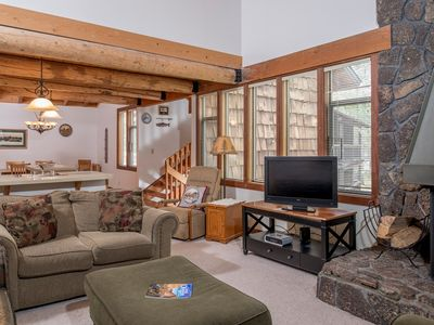 Photo for 47 Wildflower: 2 BR / 2 BA condo in Sunriver, Sleeps 6