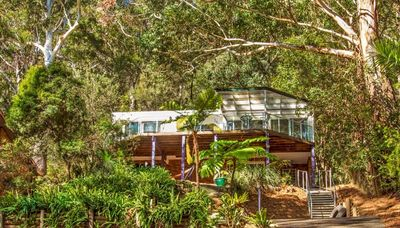 Photo for Daleys Point Treehouse - ❣️Luxury Couples Escape❣️