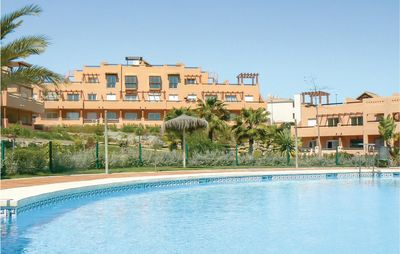 2 bedroom accommodation in Casares Costa