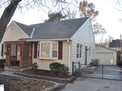 MIDTOWN GEM  LOCATED IN THE HEART OF OMAHA<20 MIN  TO EVRYWHERE, /