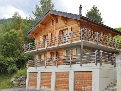 Photo for A beautifully located, detached chalet with delightful views in La Tzoumaz.