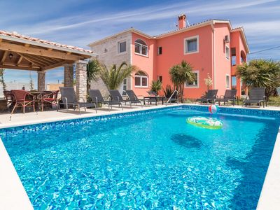 Photo for Villa Tina *****, pool, barbecue, billiards, WiFi, summer kitchen, 2.5 km from the beach