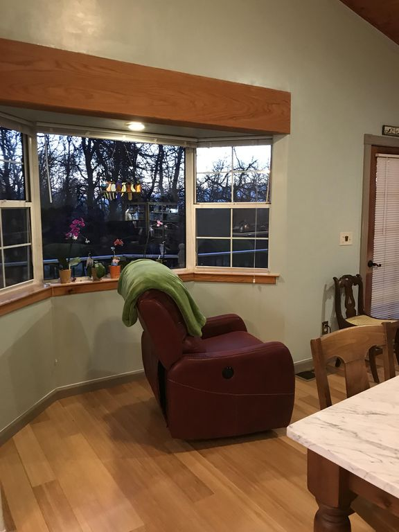 Enjoy the luxury of Blue Oak Haven to relax between trips to Yosemite!