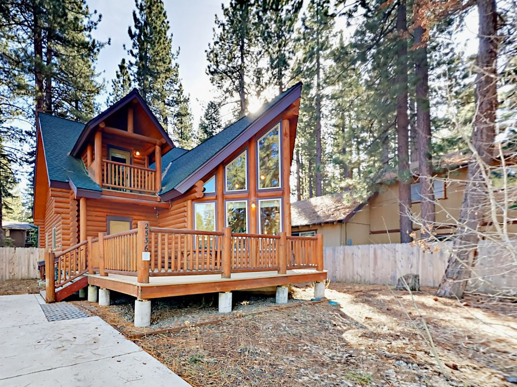 ... TurnKey Vacation Rentals. Exterior   Welcome To South Lake Tahoe! This  Beautiful Log Home Is Professionally Managed By