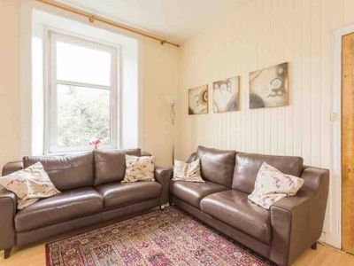 Photo for Delightful Victorian Flat (City Centre)