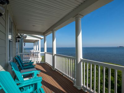 Photo for Spacious Direct Bayfront w/ Gorgeous Views - Wi-Fi, Pools & Private Beach!
