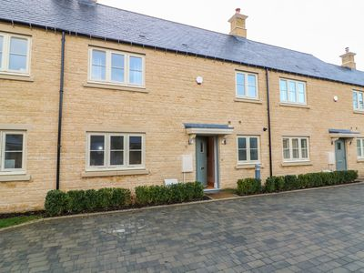 Photo for EAST VIEW, family friendly in Stow-On-The-Wold, Ref 997772