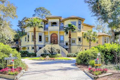 Pelican's Perch, a stunning 7 Bdr 10 bth beauty w theatre, library, game room