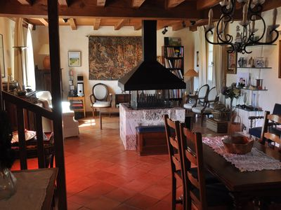 Photo for Beautiful property (150m2) with swimming pool, Bastide de Monpazier, Dordogne
