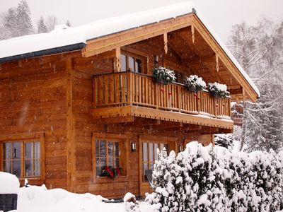 Photo for Cozy chalet, 3 bedrooms / 3 bathrooms / sauna up to 9 pers. Ski season in October-May