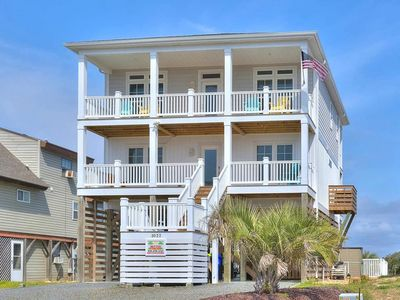 BRAND NEW HOME-5 BR/3.5 BA with Private POOL-Short Walk to the BEACH-Sleeps 12