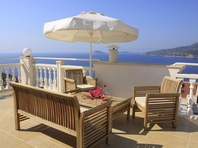 Photo for Boutique Villa Kalan Near Sea & Beach Club, Private Pool, WiFi, Sea View