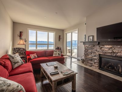Photo for Seasons lakefront condo w/ covered patio, lake view & shared hot tub/pool!