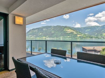 Photo for High-quality apartment with wellness and unique view over the lake