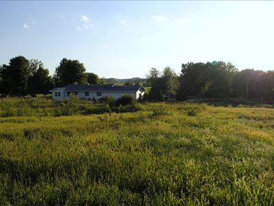 Countryside Beauty - Min to Madison/Perfect for families/Events&Dogs! Lrg yard
