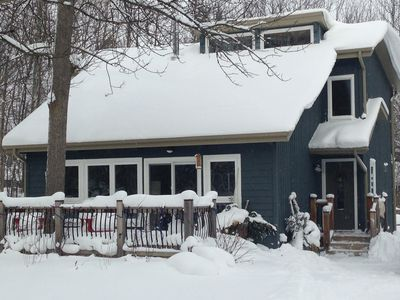 Photo for Cozy Blue Mountain Cottage! 5 MINUTES WALK TO THE ORCHARD LIFT!