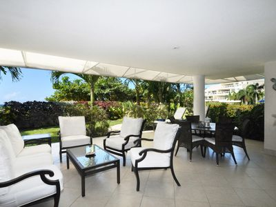 Photo for Palm Beach 101 - Ideal for Couples and Families, Beautiful Pool and Beach