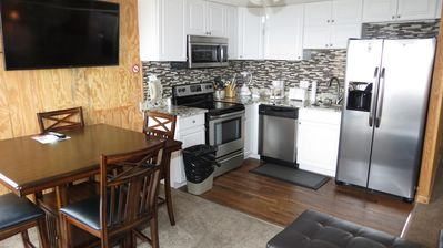 Photo for Free parking, Wifi and Hot Tub*: Renovated, Deluxe, ML#282; 2 BR/2BA, Ski in/Out