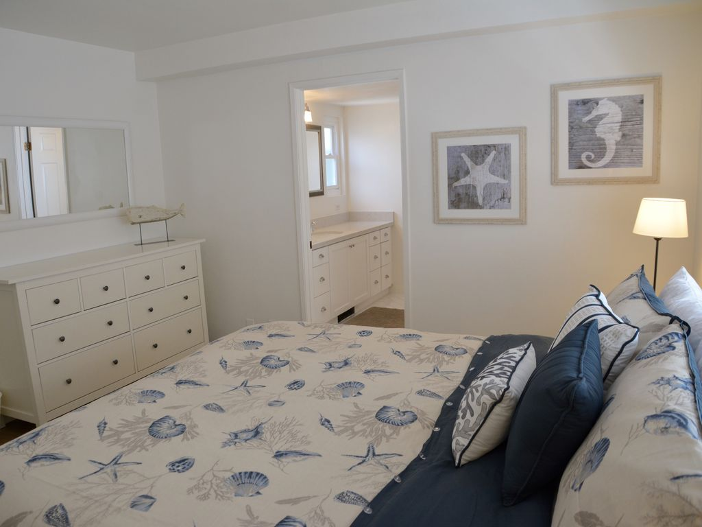 Remodeled 3 bedroom beach house 1 bedroom apartment - One bedroom apartment in orange county ...