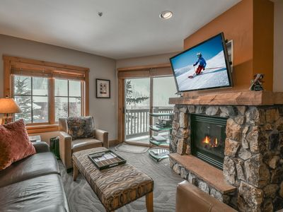 Photo for Expedition Station #8597 is in a prime location for your next mountain vacation. This 2 bedroom condo is cozy and a great option for up to 6 guests.