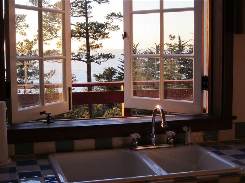 Ocean View French Country Cottage, Charming & Tranquil, Beach! -  Carmel-by-the-Sea