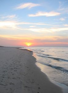 Perfect Cottage, Perfect Location, Perfect Beach!