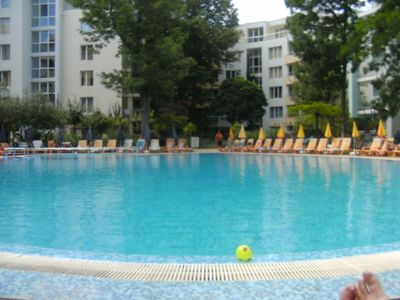 Photo for YASSEN Sunny beach at 20 M sea, swimming pool, lift park sports 4pers 70 M2 4th