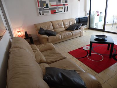 Photo for CANNES CENTRE: 45 m² air-conditioned / Sea view / Beach 80 m / Private parking / WIFI Internet