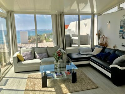 Photo for Dream villa with heated pool by the sea