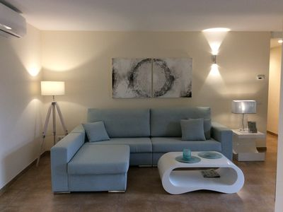 Photo for Nice new apartment with large terrace, air conditioning, pool, Wi-Fi & TG inclusive