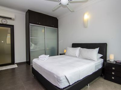 Photo for Spacious 4 Bedroom Apartment