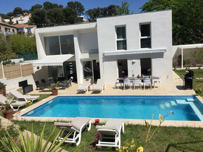 Photo for Luxury Villa, Pool, Spa, Air Condit, Handy Access, Walk to Beach and Restaurant