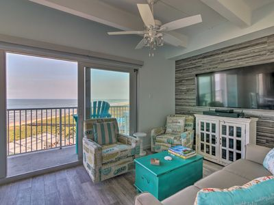 Photo for NEW-Cozy Beachfront South Padre Condo w/Comm. Pool