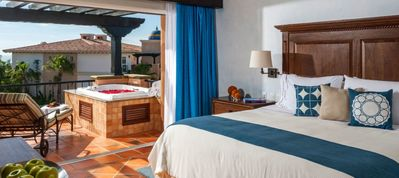 Photo for Luxury condo at the beach in Cabo