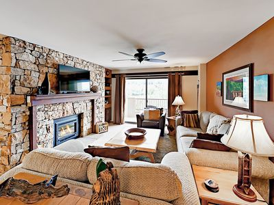 Photo for 1BR Condo w/ Ski Area Views - Walk to Eateries, Access to Fitness Center