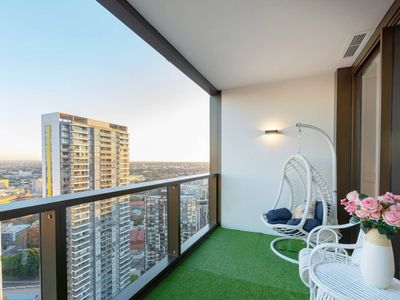 Photo for New Luxury Designer apt at Darling Harbour