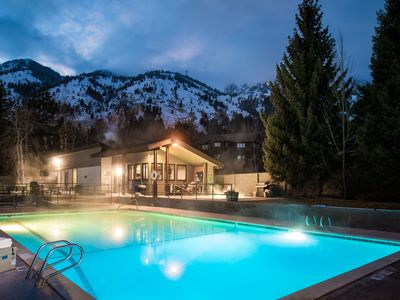 Photo for Outpost: Nez Perce B3 - Pool and Hot Tub Access!