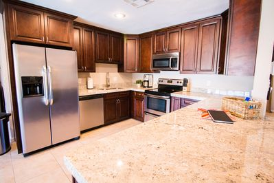 Large kitchen with lots of cabinet space