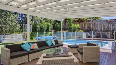 Photo for Aqua Retreat - house with pool *SPECIAL OFFER - pay for 2 nights, stay for 3*